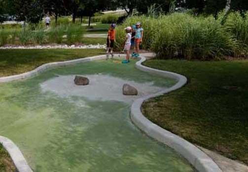 Miniature Golf Wedges N Woods